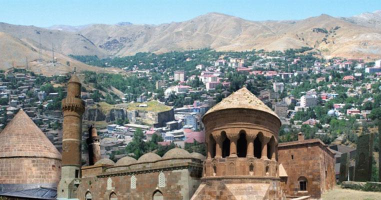 Li 36 gundên Bilîsê derketina derve hat qedexekirin