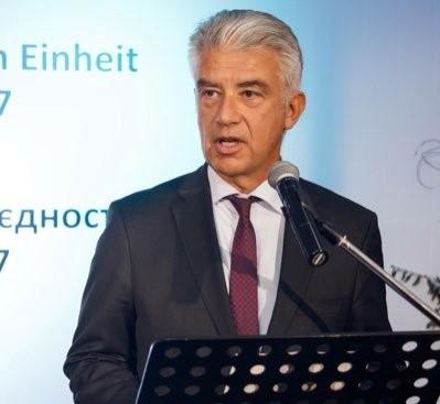 """Ernst Reichel: """"Wê di nêz de YA yê darê zorê nîşanî Tirkiyê bide"""""""