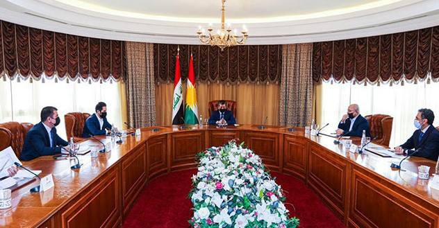 """Serokwezîr Barzanî: """"Em dev ji mafên qanûnî yên Kurdistanê bernadin"""""""