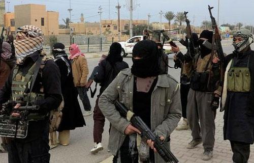 Komên çekdar hewl didin nişteciyên Efrînê bişînin Lîbyayê bo şer bikin