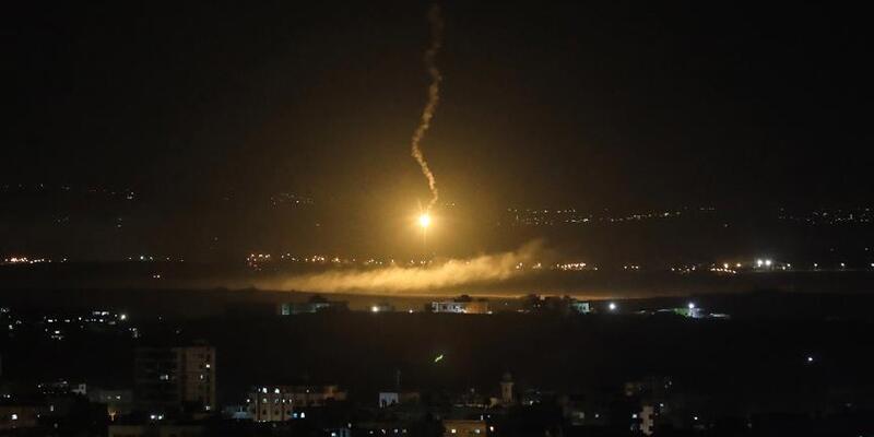 BalafirênÎsraîlêbingehênhêzên Îranê yên Sûriyê bombebaran kirin