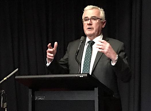 Parlamenterê Australî ji welatê xwe daxwaza piştevaniya Kurdistana Serbixwe dike