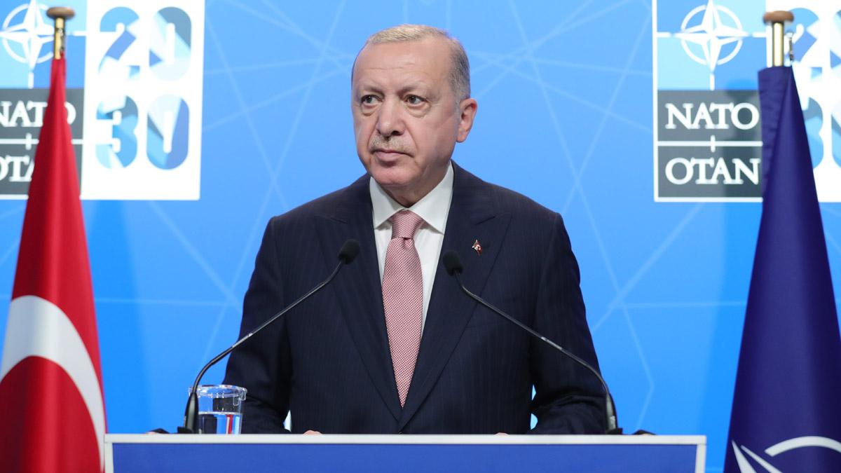 """Erdoğan: """"Fikra me di derbarê S-400 û F-35 an de neguhirî"""""""