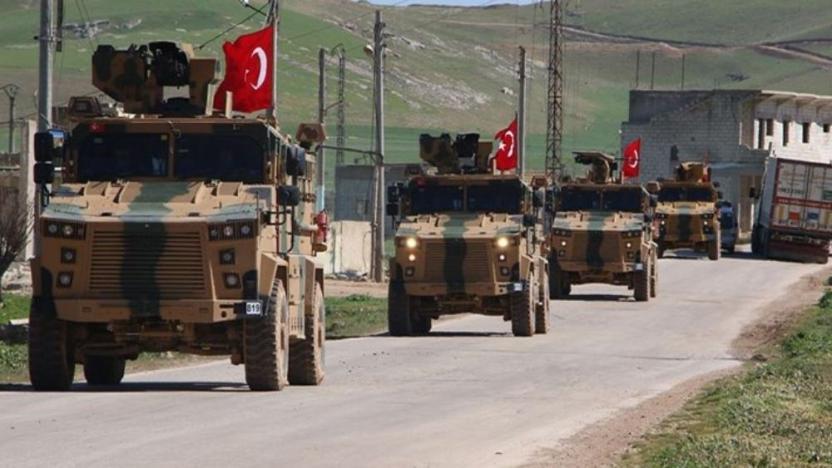 Li Idlibê êrîşî karwana serbazî ya Tirkiyê kirin: Kuştî û birîndar hene