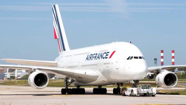 Air France 7.580 karkeran ji kar derdixe