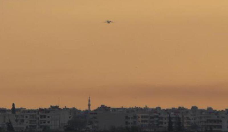 Rusları taşıyan uçak Kamışlo'da: Asker ve danışmanlar...