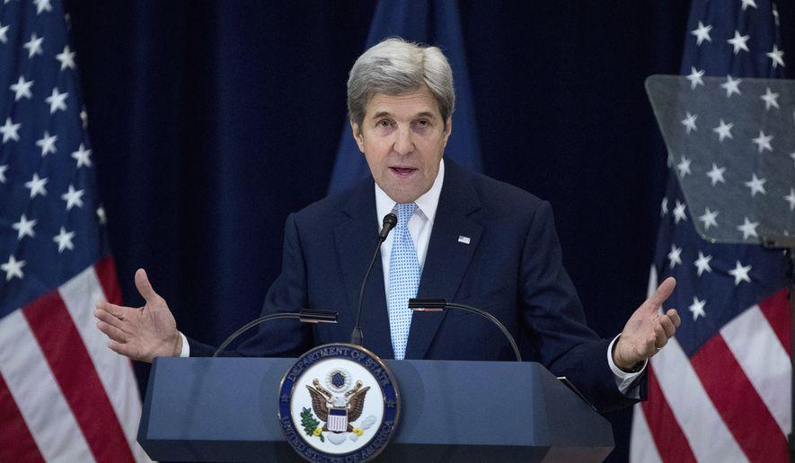 John Kerry'den Trump'a sert eleştiri: Kürtlere ihanet ettin!