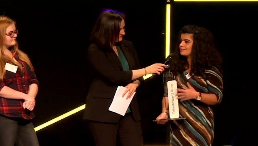 Eğitimci Kürt kadına Almanya'dan ödül
