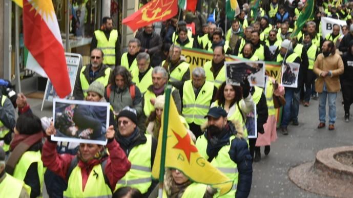 Kürtlerin parçalandığı Lozan'dan 'Ulusal Birlik Yürüyüşü' yapıldı