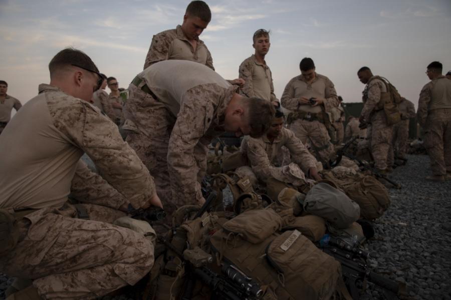 VİDEO   İşte ABD piyadelerinin Bağdat'a girdiği görüntüler!