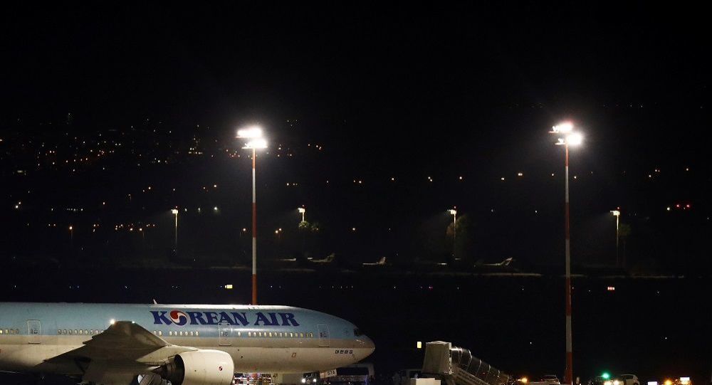 Virüs yayılıyor: İsrail yolcu uçağının girişine izin vermedi