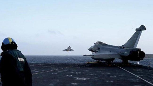 Fransa savaş uçakları, Kıbrıs Rum kesimine indi