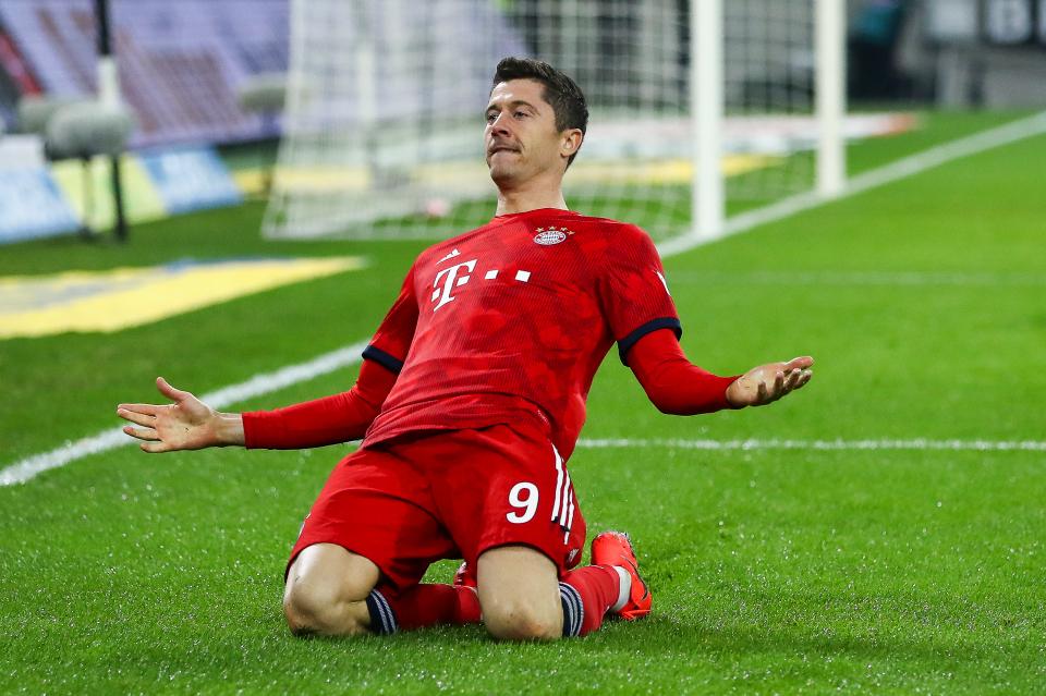 Bayern Münih, EintrachtFrankfurt'u 5-0 yendi