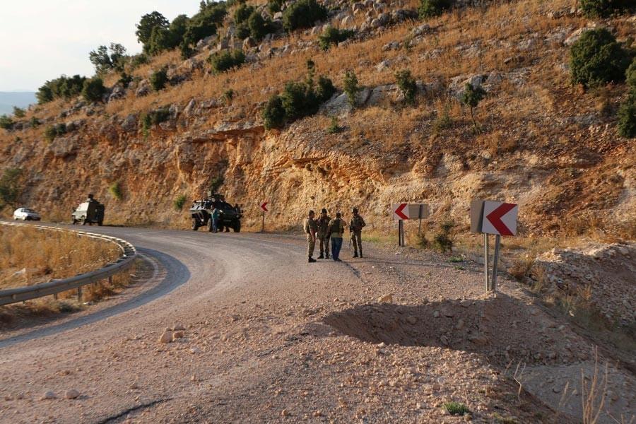 Dersim Ovacık'ta patlama: 4 asker yaralı...