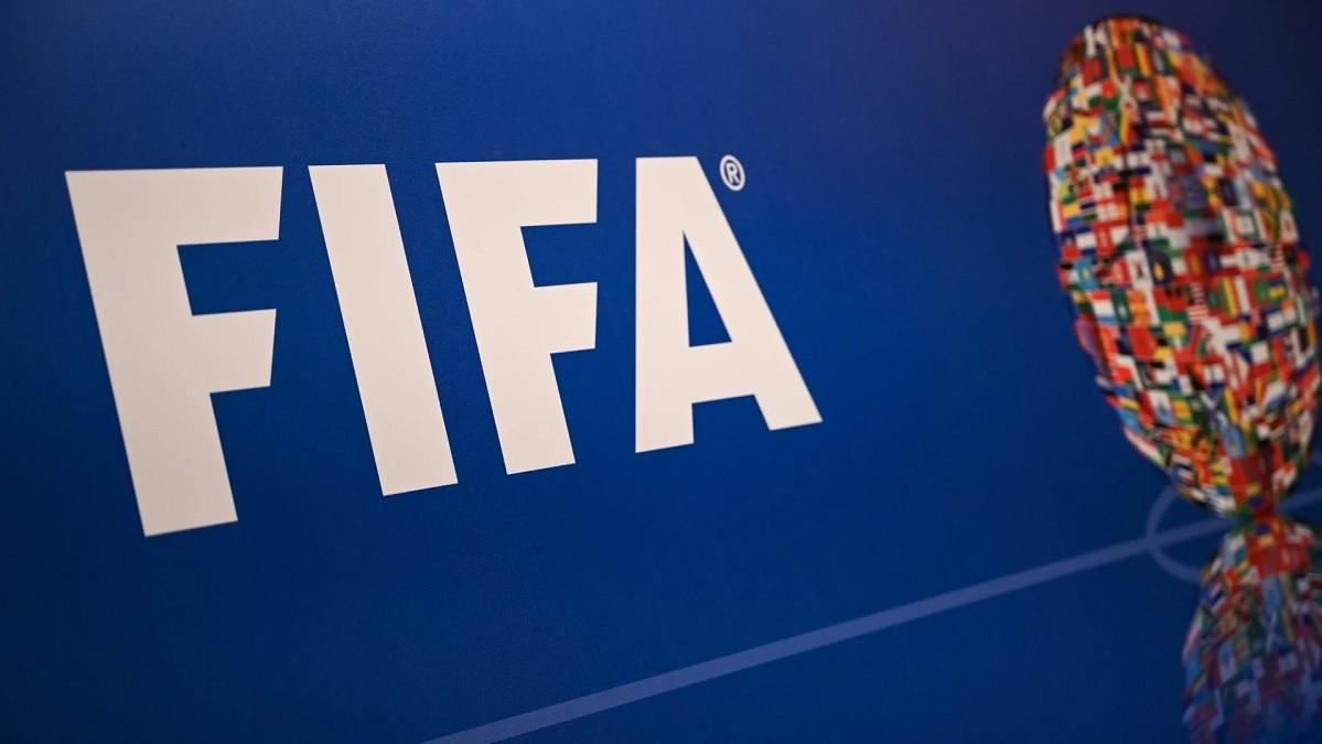 FIFA'dan futbolculara bir şans daha