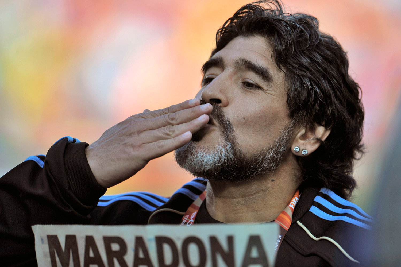 Arjantinli gazeteci | Maradona fakir öldü