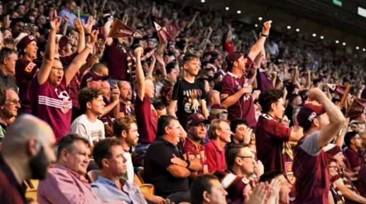 Avustralya Kovid-19'a meydan okudu: 52 bin kişi maç izledi