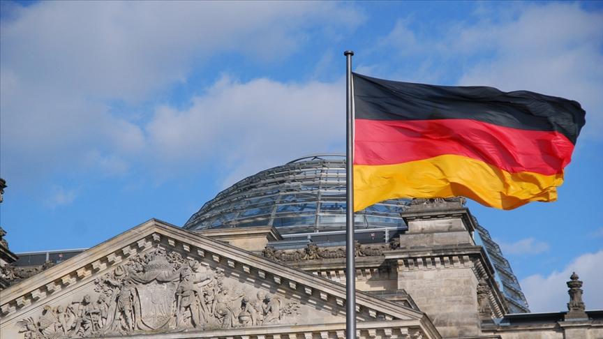 Almanya'dan Esad rejimi destekçisine yaptırım!