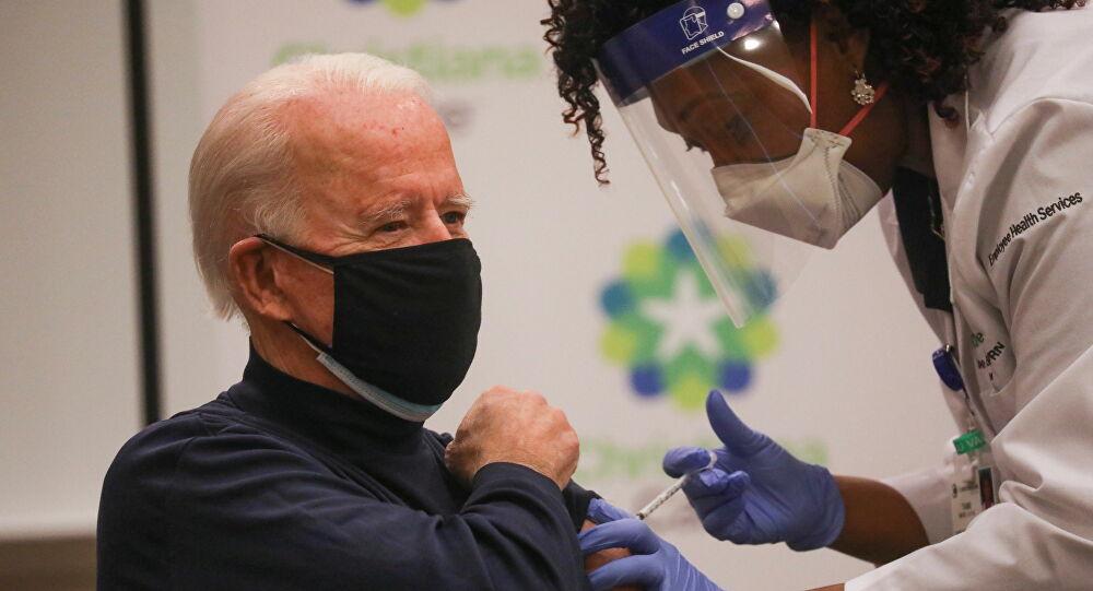Joe Biden, kameralar önünde Kovid-19 aşısı oldu