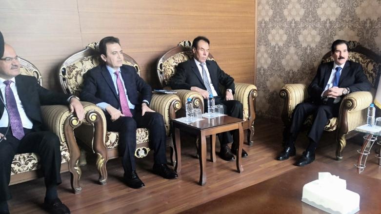 KDP heyeti, Bağdat'a karşı Kürdistan partileri ile görüştü