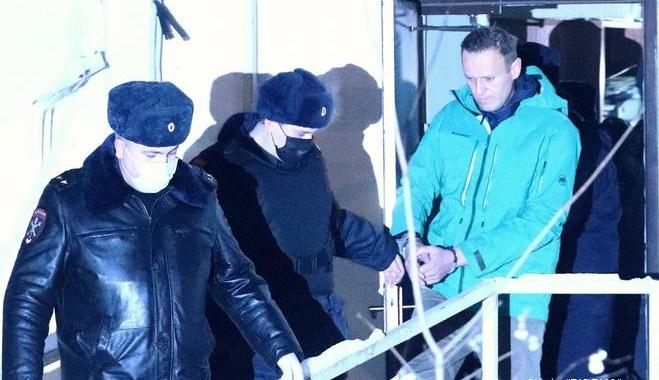 Tutuklanan Rus muhalif liderden sokağa çıkma çağrısı!