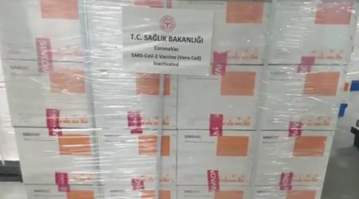 Türkiye'nin Çin'den aldığı aşıların gelişi ertelendi