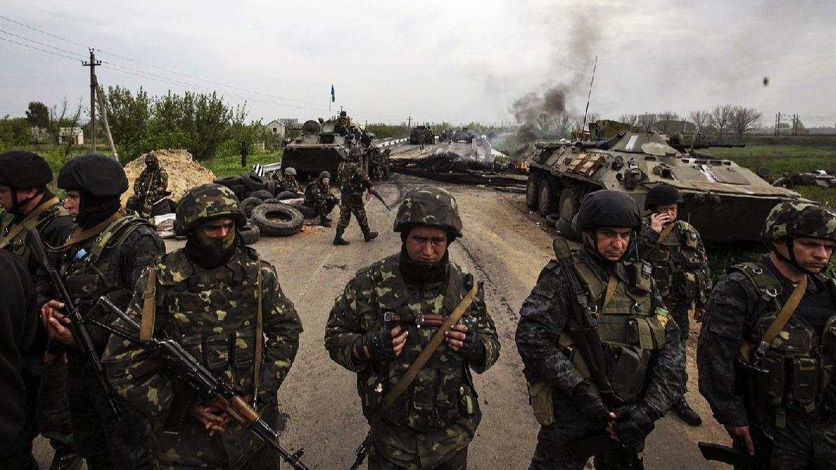 Ukrayna ve Rus güçleri arasında kriz büyüyor: Hazırız!