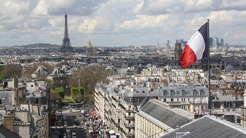 Fransa, AB'ye hariç giriş çıkışları yasaklıyor