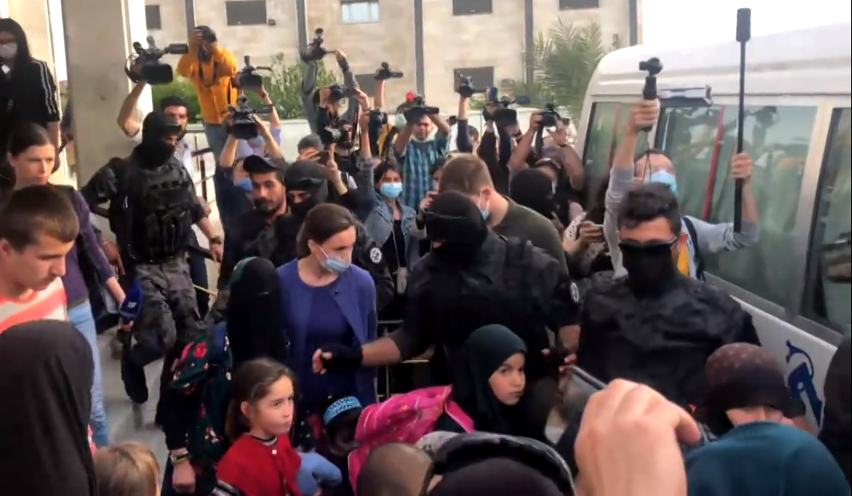 Rojava yönetimi, 35 IŞİD'li çocuğu Rusya'ya teslim etti