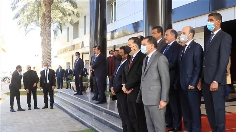 Serrac yönetimi devretti: Libya'da hükümet göreve başladı