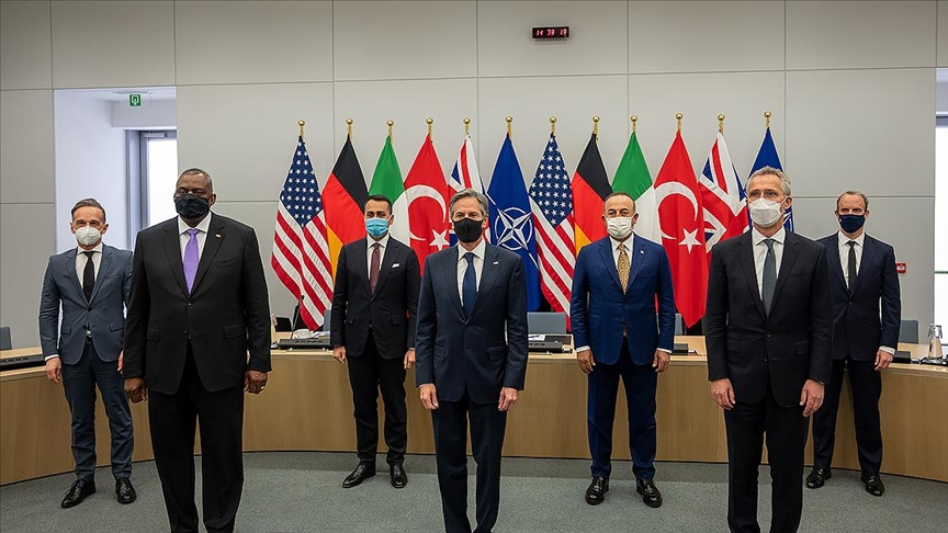 NATO üye ülkeleri, Afganistan'daki durumu görüştü
