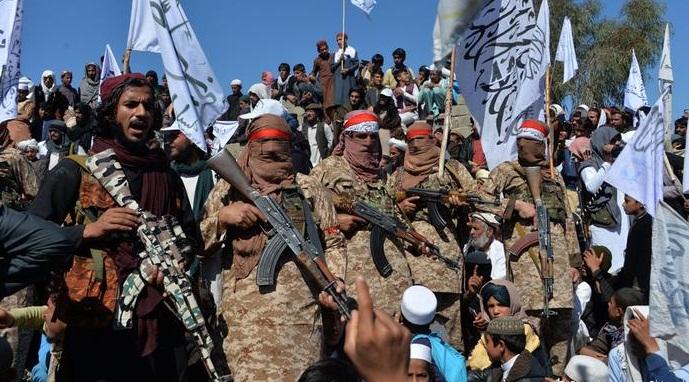 Taliban: ABD dahil tüm yabancı güçler çekilsin