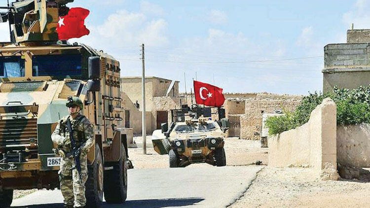 İdlib'te TSK askeri konvoyuna saldırı!