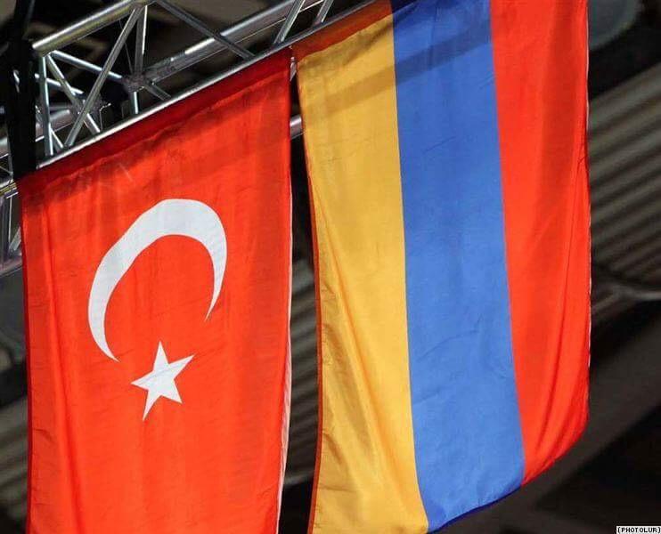 Ermenistan: Düşmanca tavırdan vazgeçilirse görüşmeye hazırız