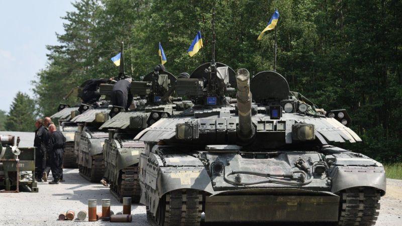 Ji Ukrayna amadekariya şerê Rûsyayê: Gelek tank bo xeta sînor hatin şandin