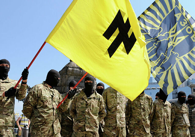 Ukraynalı aşırı sağcılar Donbas bölgesine girdi
