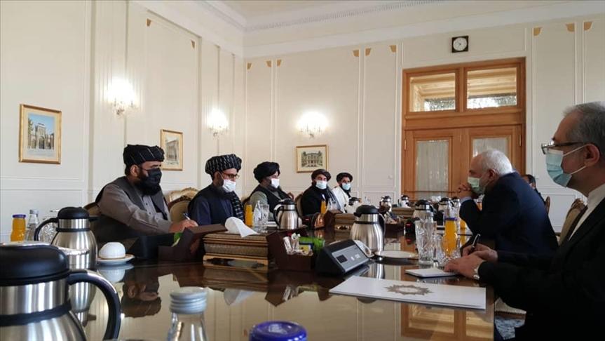 Zarif, Taliban ve Afgan heyeti ile Doha anlaşmasını görüştü