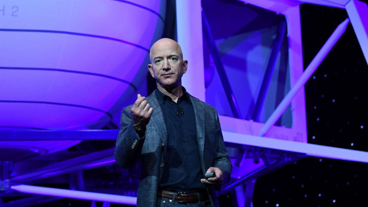 Bezos ile uzay yolculuğunun bedeli 28 milyon dolar!