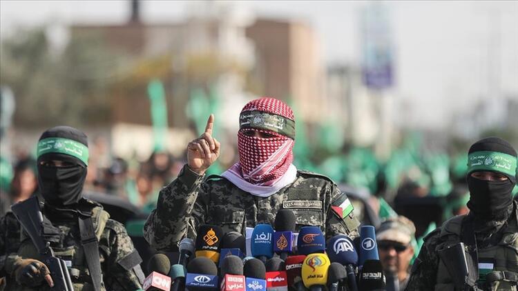 Hamas'tan İsrail'e tehdit: Deprem gibi hamleyi bekleyin