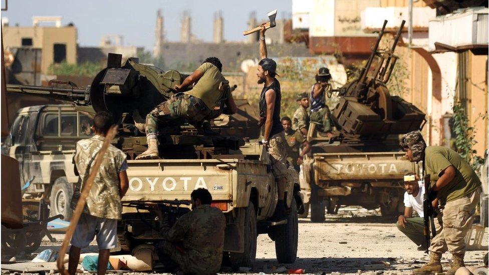 Libya ordusu: Hafter'in savaş uçakları ateşkesi ihlal etti