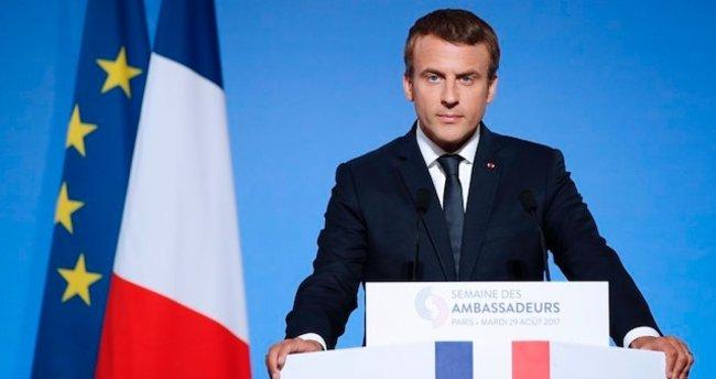 Macron: Rusya'ya yaptırım politikası artık etkili olmuyor