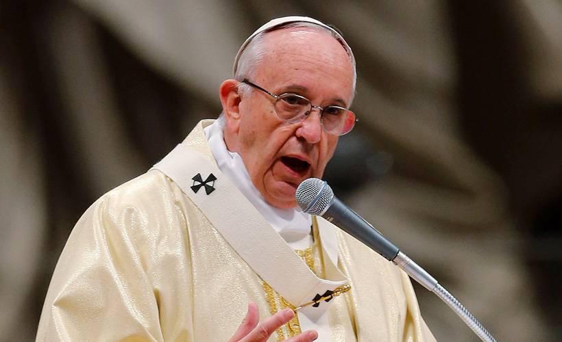 Papa'dan aşı krizi çıkışı: Haklarınızdan feragat edin!