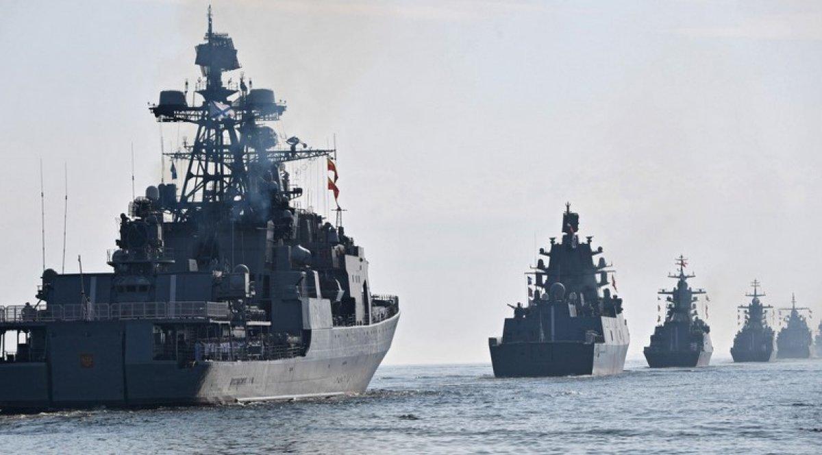 Rusya, Karadeniz'deki 20 gemisini üsse gönderdi
