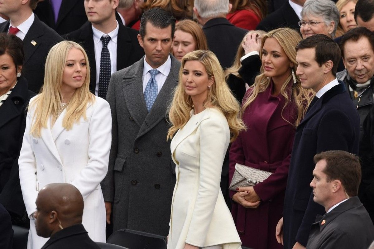 """Leonnig: """"Trump'ın ailesindeki kadınlar, ajanlarla ilişki yaşadı"""""""