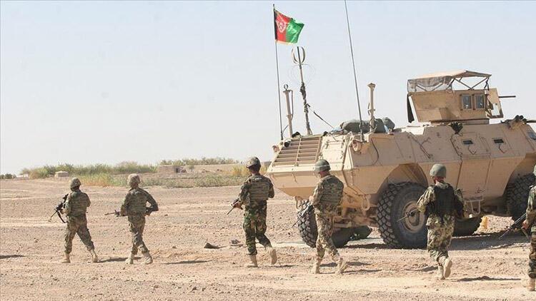 Taliban ile 13 kentte çatışma: 1 ilçe geri alındı!