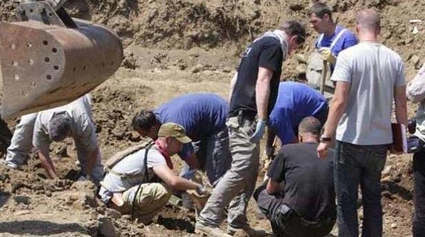 Şengal'de katledilen 11 Ezidi Kürdün mezarı bulundu