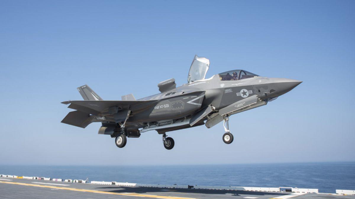 Pentagon'dan F-35 ile ilgili karar: Avcı uçağı talebi!