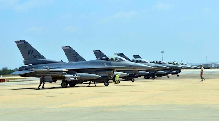 BAE'den İtalya'ya misilleme: Uçaklarınızı çekin!