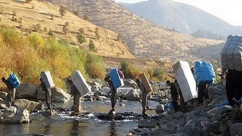 İran güçleri, Rojhılat'ta Kürt kolberleri hedef aldı