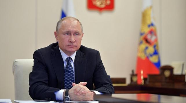 Putin'den ABD suçlamalarına yanıt: Kanıt sunmalı!